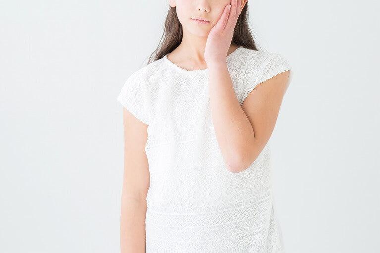 歯周病は、症状のないうちから注意が必要です